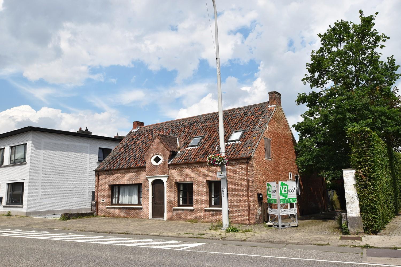 Huis bestaande uit twee wooneenheden met oprit en magazijn! afbeelding 31