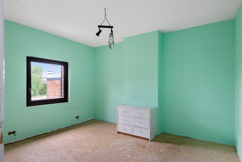 Verrassend ruime woning met 5 slaapkamers en leuke tuin te Merksem! afbeelding 17