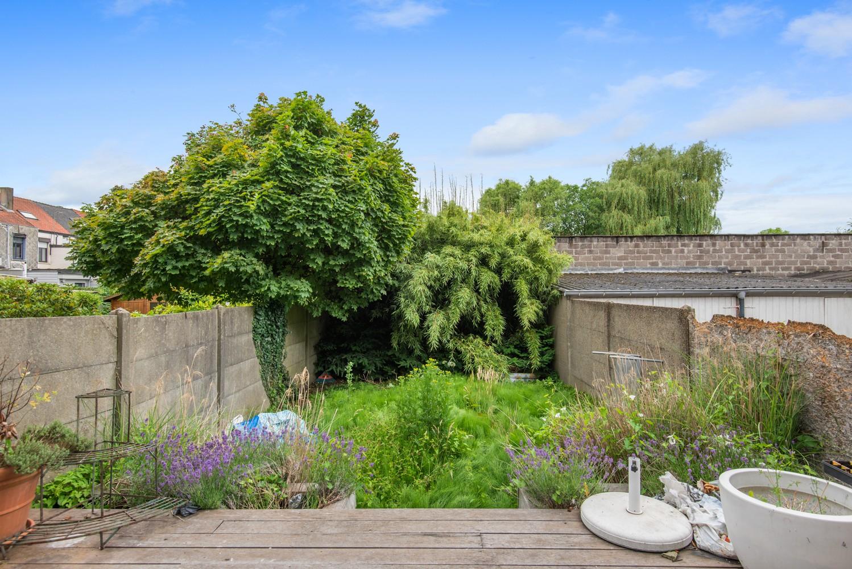 Verrassend ruime woning met 5 slaapkamers en leuke tuin te Merksem! afbeelding 20