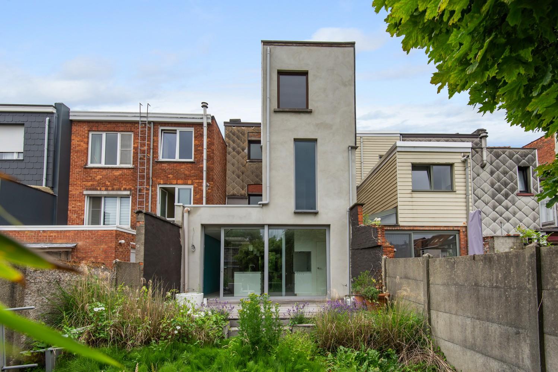 Verrassend ruime woning met 5 slaapkamers en leuke tuin te Merksem! afbeelding 19