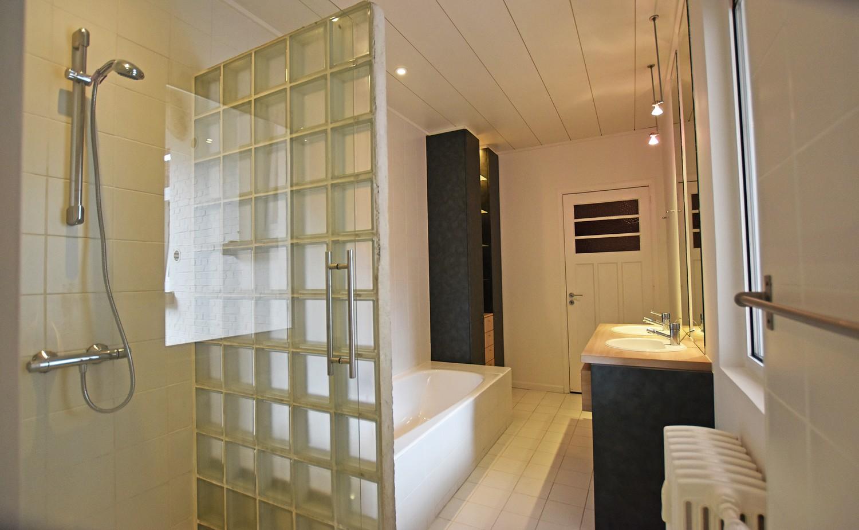 Prachtig, riant appartement (150m²) met terras in Berchem! afbeelding 14