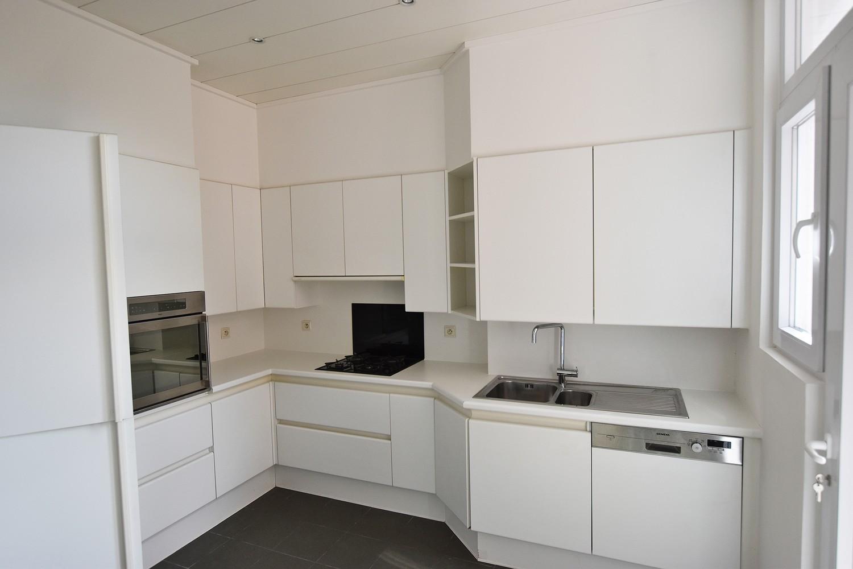 Prachtig, riant appartement (150m²) met terras in Berchem! afbeelding 9
