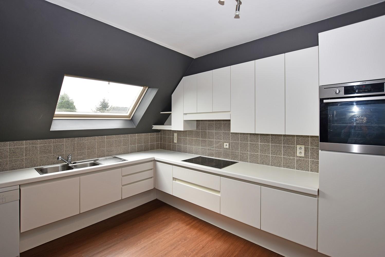 Riant duplex-appartement (200 m²), centraal gelegen te Schilde! afbeelding 3