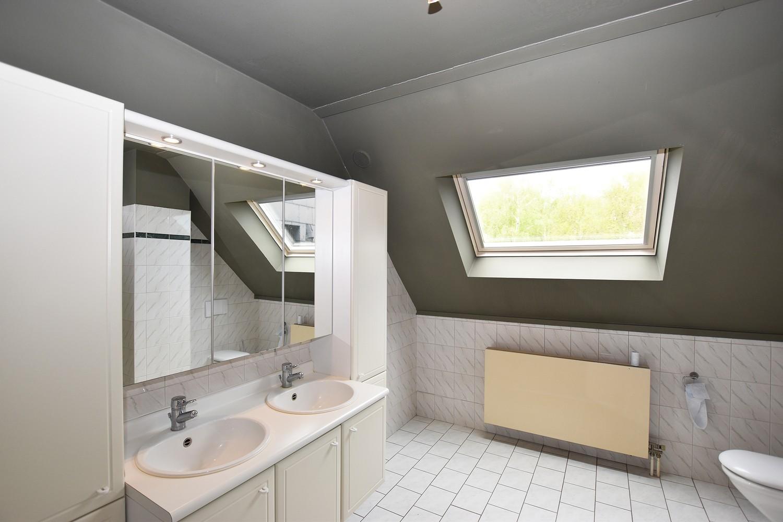 Riant duplex-appartement (200 m²), centraal gelegen te Schilde! afbeelding 7