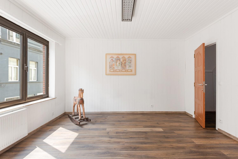 Woning met maar liefst 6 slaapkamers en 4 badkamers te Antwerpen (Seefhoek)! afbeelding 13