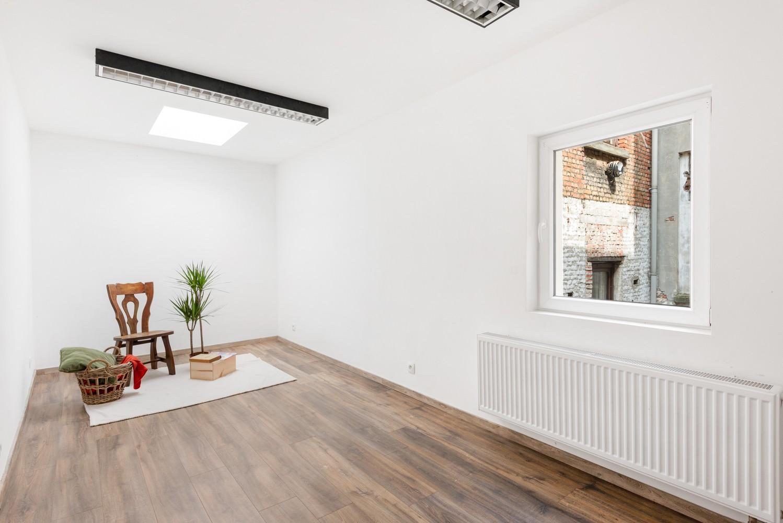 Woning met maar liefst 6 slaapkamers en 4 badkamers te Antwerpen (Seefhoek)! afbeelding 19