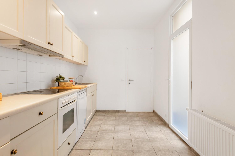 Woning met maar liefst 6 slaapkamers en 4 badkamers te Antwerpen (Seefhoek)! afbeelding 11