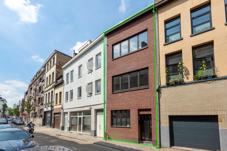 Woning met maar liefst 6 slaapkamers en 4 badkamers te Antwerpen (Seefhoek)! afbeelding 2