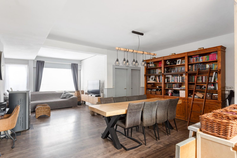 Ruime, op te frissen eengezinswoning met drie slaapkamers en grote tuin te Wijnegem! afbeelding 6