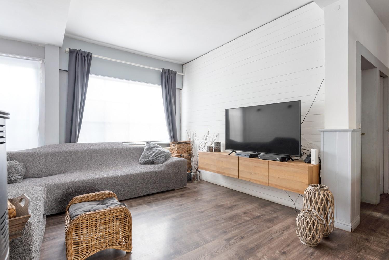 Ruime, op te frissen eengezinswoning met drie slaapkamers en grote tuin te Wijnegem! afbeelding 4