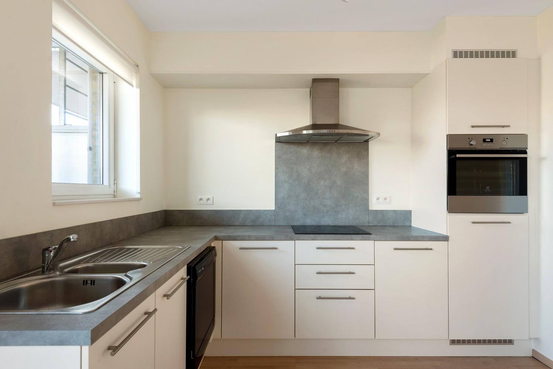 Recent en modern appartement met twee slaapkamers en terras te Deurne! afbeelding 5
