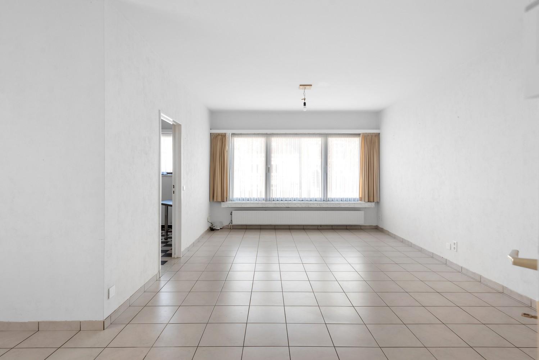 Verzorgd appartement met twee slaapkamers en terras te Wijnegem! afbeelding 3