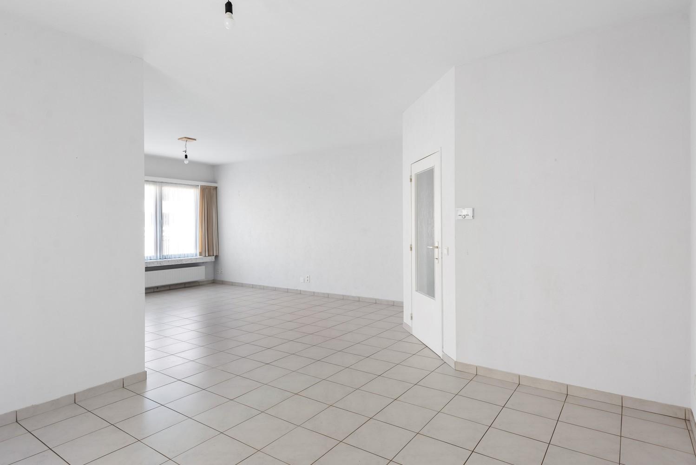 Verzorgd appartement met twee slaapkamers en terras te Wijnegem! afbeelding 6