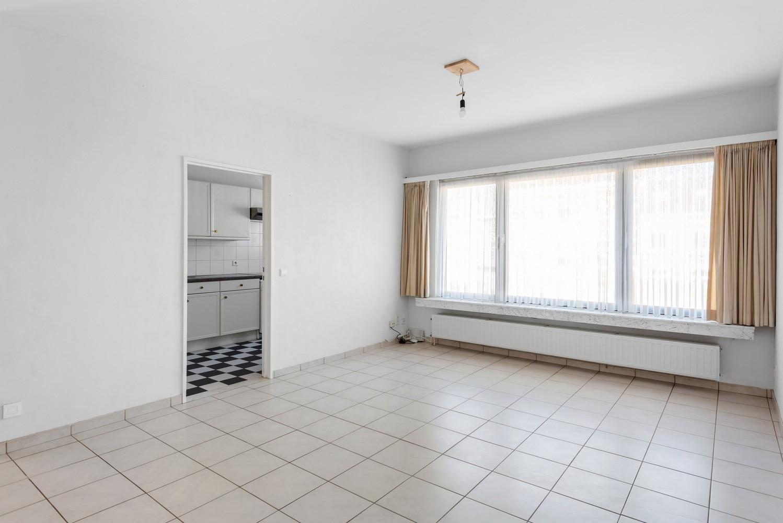 Verzorgd appartement met twee slaapkamers en terras te Wijnegem! afbeelding 4