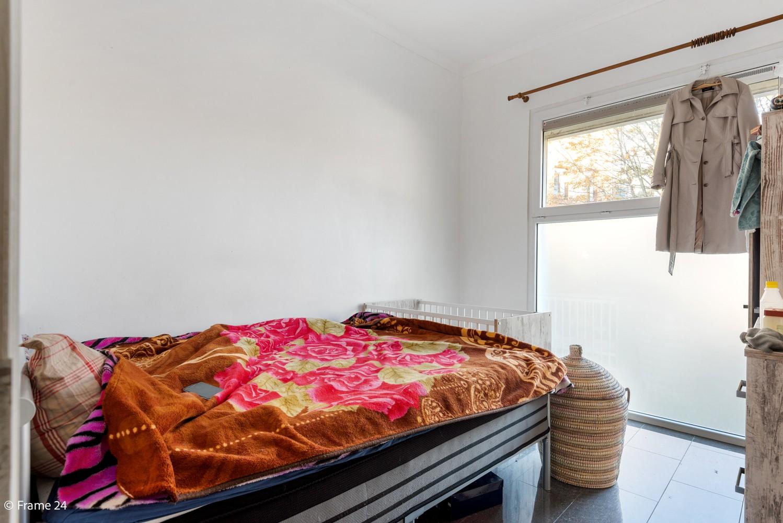 Interessant opbrengsteigendom met handelsgelijkvloers en 2 appartementen te Borgerhout afbeelding 4
