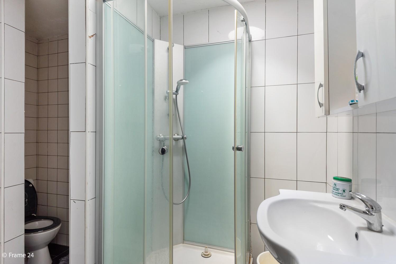 Interessant opbrengsteigendom met handelsgelijkvloers en 2 appartementen te Borgerhout afbeelding 5