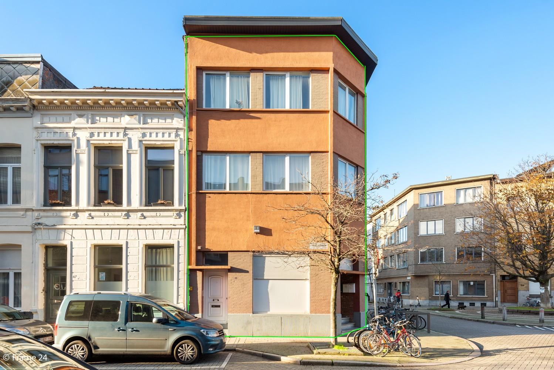 Interessant opbrengsteigendom met handelsgelijkvloers en 2 appartementen te Borgerhout afbeelding 20