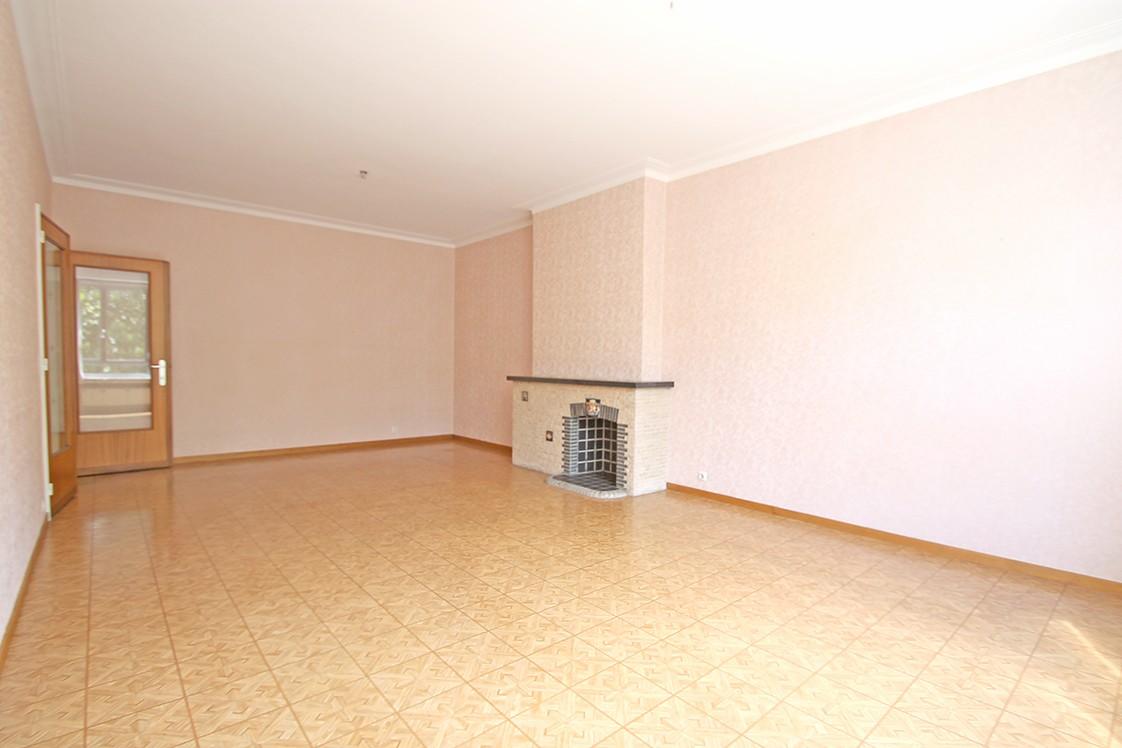 Verzorgd één-slaapkamerappartement op centrale ligging in Antwerpen. afbeelding 2