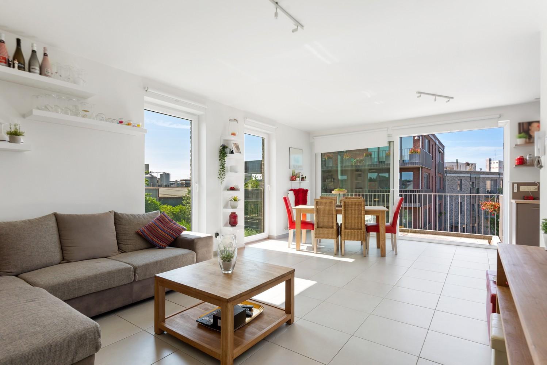 Recent en lichtrijk hoekappartement met twee slaapkamers en zonnig terras te Schoten! afbeelding 3