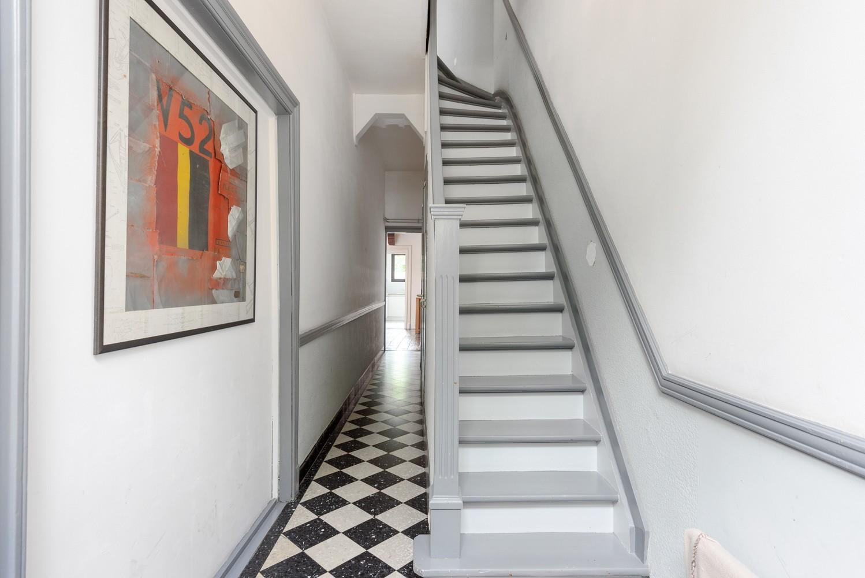 Charmante, deels te renoveren rijwoning met 3 slaapkamers en leuke tuin te Deurne! afbeelding 16