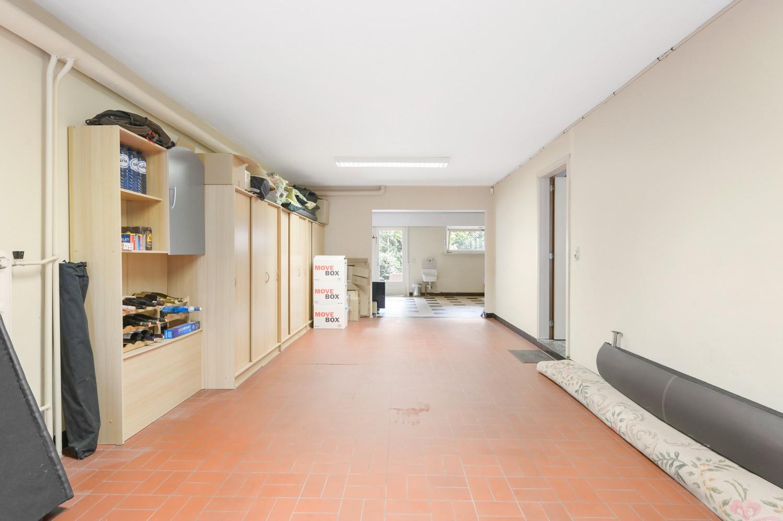 Verzorgde bel-étage woning met drie slaapkamers en zonnige tuin te Wijnegem. afbeelding 23