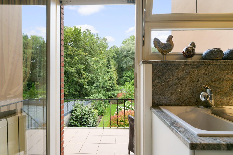 Verzorgde bel-étage woning met drie slaapkamers en zonnige tuin te Wijnegem. afbeelding 12
