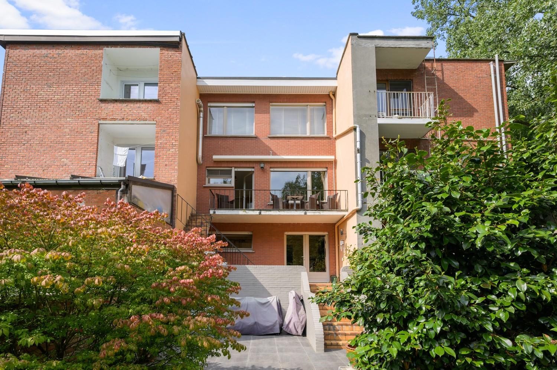 Verzorgde bel-étage woning met drie slaapkamers en zonnige tuin te Wijnegem. afbeelding 27