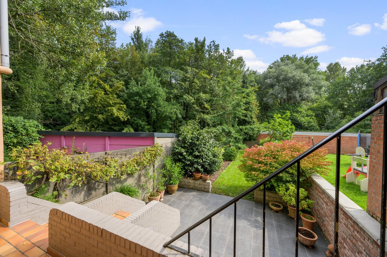 Verzorgde bel-étage woning met drie slaapkamers en zonnige tuin te Wijnegem. afbeelding 25