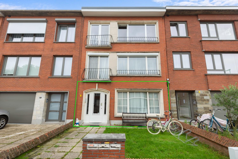 Verzorgd appartement met twee slaapkamers en tuin te Deurne. afbeelding 1