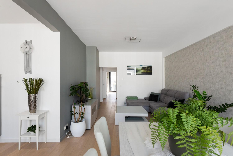 Stijlvol gerenoveerd appartement gelegen tussen het historisch centrum en 't Eilandje! afbeelding 9