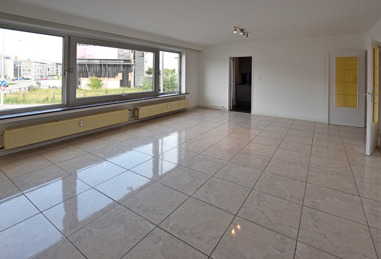 Ruim en verzorgd appartement met 2 slaapkamers en een dressing/bureau te Deurne! afbeelding 4