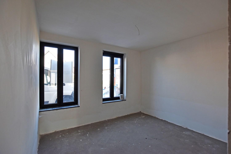 Licht en functioneel appartement (+-102,6m²) met 3 slaapkamers, terras en oost-georiënteerde privatieve tuin! afbeelding 5