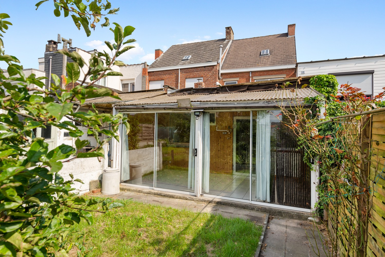 Volledig te renoveren woning gelegen in een rustige straat, nabij het centrum van Willebroek. afbeelding 11