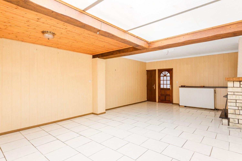 Volledig te renoveren woning gelegen in een rustige straat, nabij het centrum van Willebroek. afbeelding 6