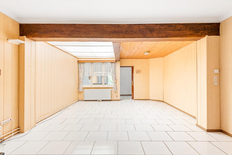 Volledig te renoveren woning gelegen in een rustige straat, nabij het centrum van Willebroek. afbeelding 4