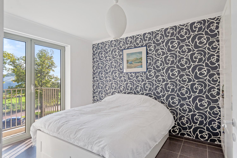 Smaakvol en recent appartement met twee slaapkamers en terras op  de grens Berchem/Mortsel afbeelding 13