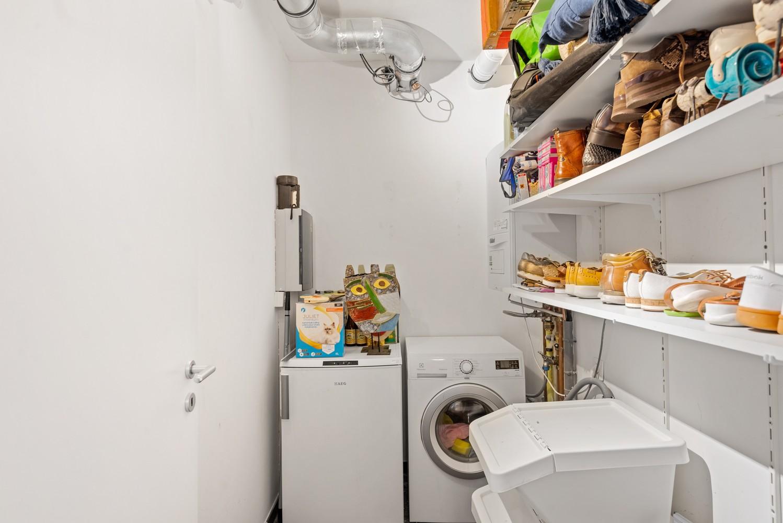 Smaakvol en recent appartement met twee slaapkamers en terras op  de grens Berchem/Mortsel afbeelding 16