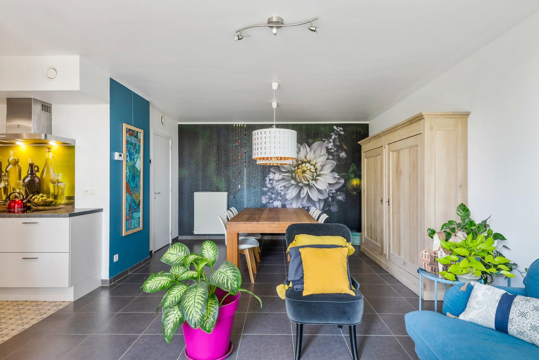 Smaakvol en recent appartement met twee slaapkamers en terras op  de grens Berchem/Mortsel afbeelding 6