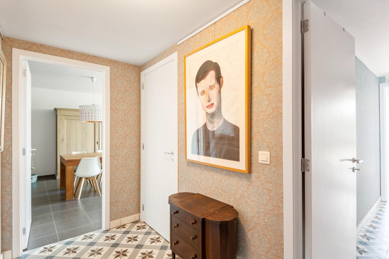 Smaakvol en recent appartement met twee slaapkamers en terras op  de grens Berchem/Mortsel afbeelding 12