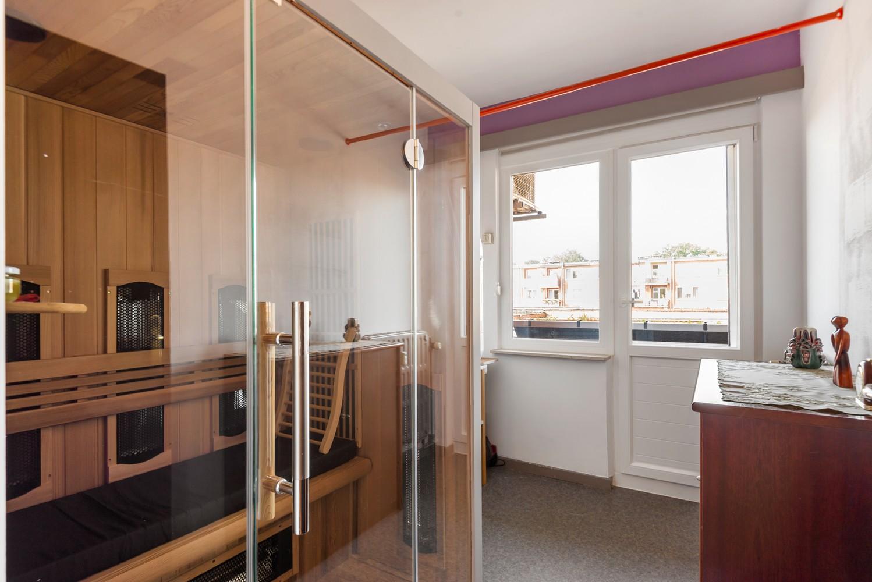 """Verzorgd appartement met drie slaapkamers en terras in de """"Zwarte Arend-wijk"""" te Deurne. afbeelding 10"""