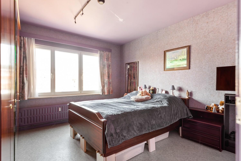 """Verzorgd appartement met drie slaapkamers en terras in de """"Zwarte Arend-wijk"""" te Deurne. afbeelding 9"""