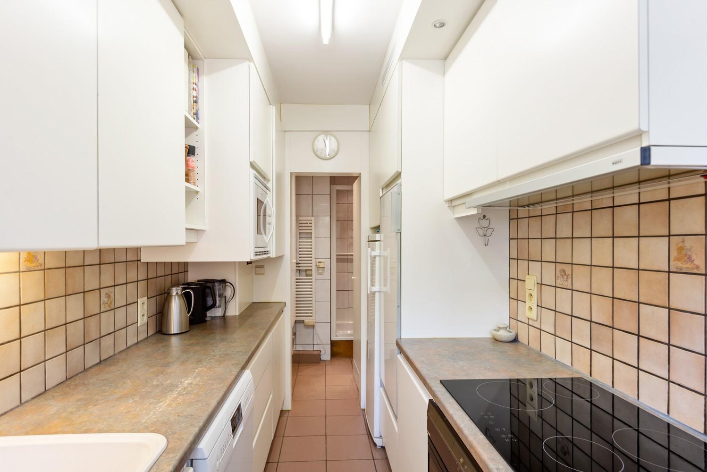 """Verzorgd appartement met drie slaapkamers en terras in de """"Zwarte Arend-wijk"""" te Deurne. afbeelding 7"""