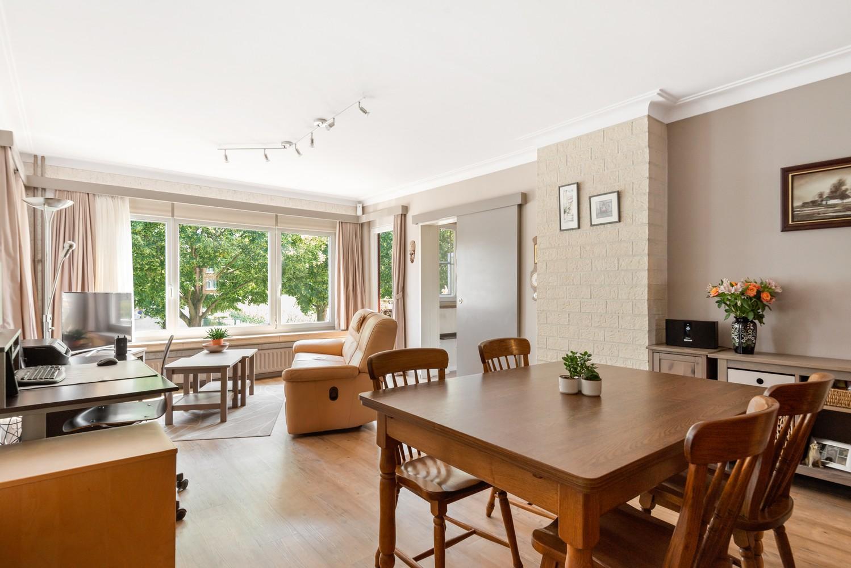 """Verzorgd appartement met drie slaapkamers en terras in de """"Zwarte Arend-wijk"""" te Deurne. afbeelding 3"""