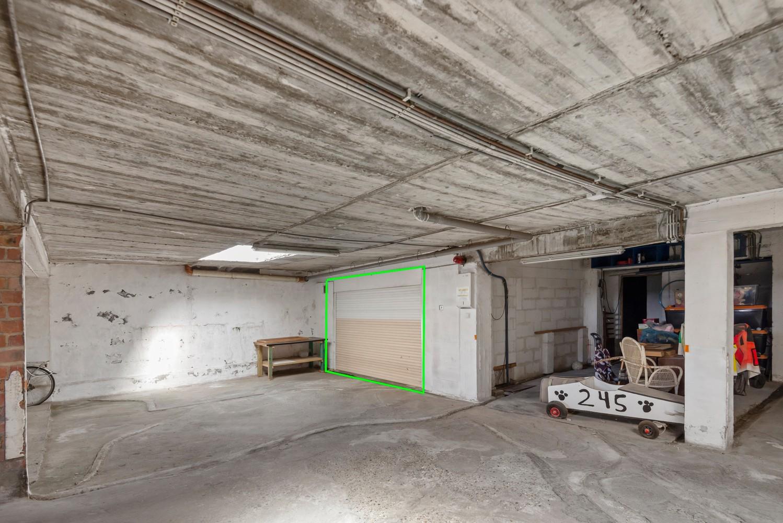 """Verzorgd appartement met drie slaapkamers en terras in de """"Zwarte Arend-wijk"""" te Deurne. afbeelding 16"""