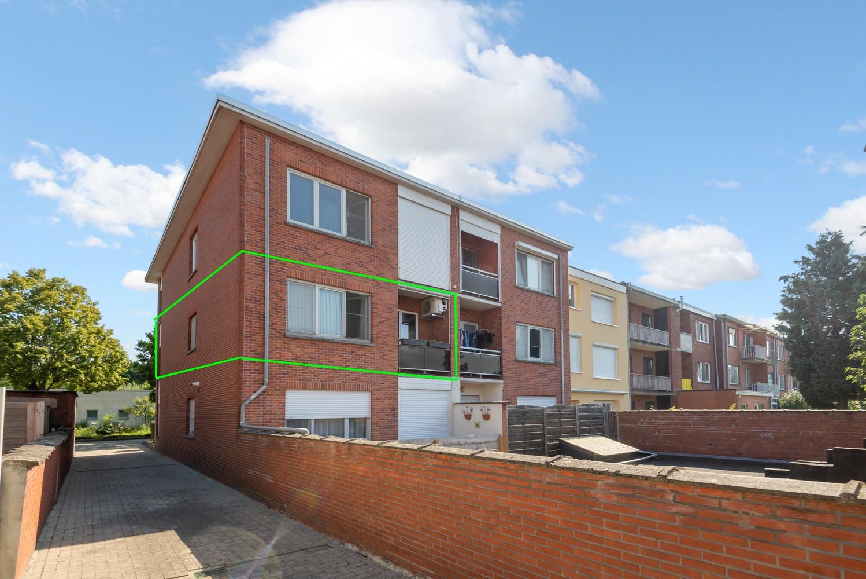 """Verzorgd appartement met drie slaapkamers en terras in de """"Zwarte Arend-wijk"""" te Deurne. afbeelding 17"""