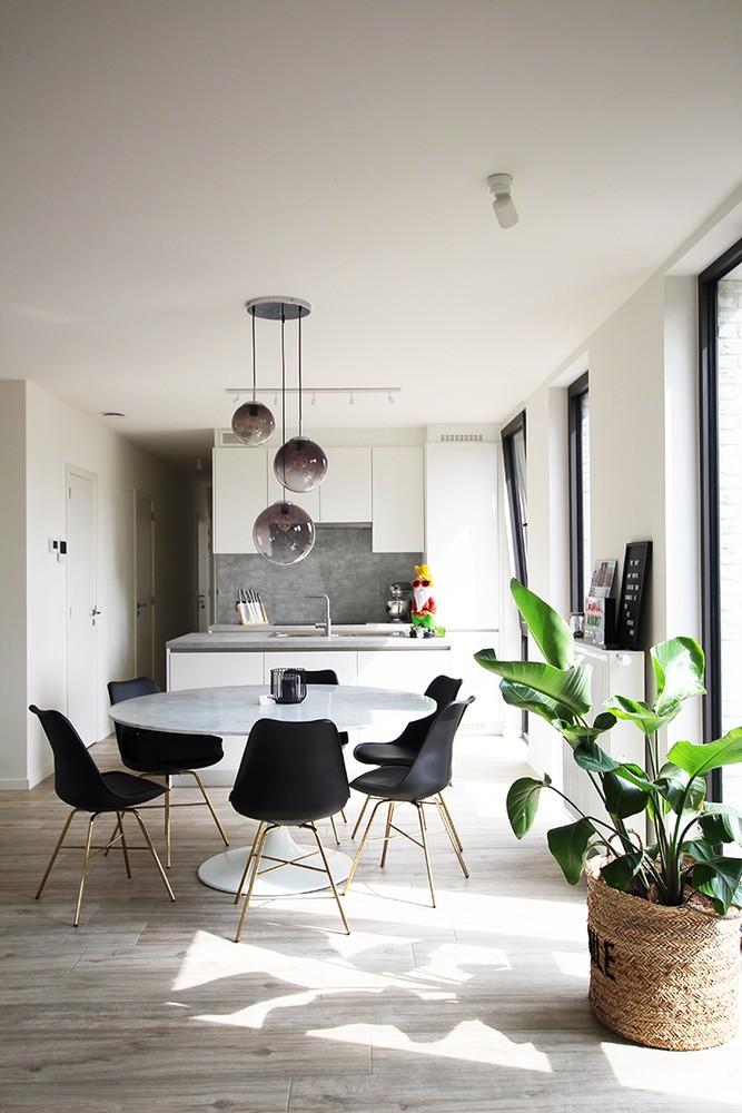 Recent, lichtrijk appartement met riant terras in centrum Broechem! afbeelding 4