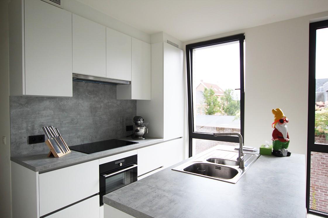 Recent, lichtrijk appartement met riant terras in centrum Broechem! afbeelding 6