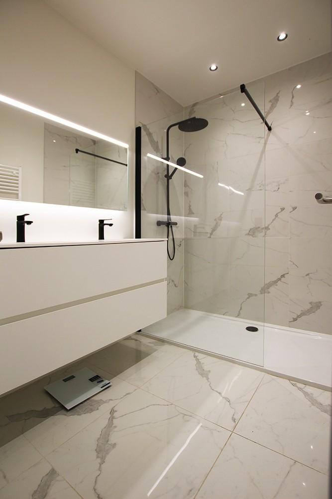 Recent, lichtrijk appartement met riant terras in centrum Broechem! afbeelding 10