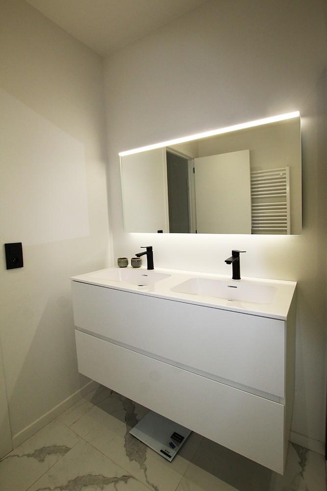 Recent, lichtrijk appartement met riant terras in centrum Broechem! afbeelding 11