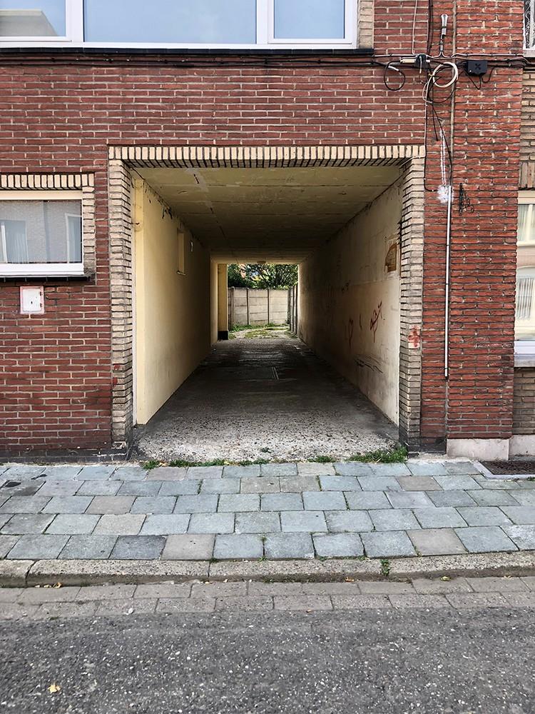 Garagebox op een centrale locatie in Deurne! afbeelding 3